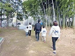 松崎八幡宮境内.jpg
